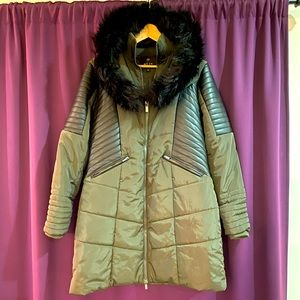 Parka with leather detail